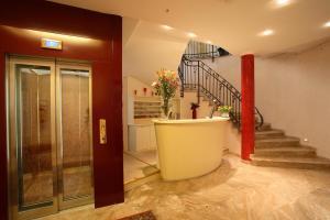 A bathroom at Casa Romagnosi