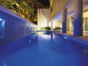 The swimming pool at or near Oaks Townsville Metropole Hotel