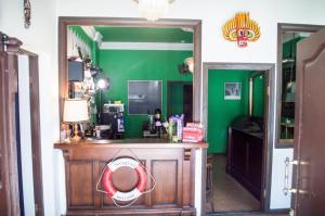 A kitchen or kitchenette at Hostel Jamaika