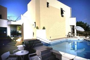 Πισίνα στο ή κοντά στο Blue Sky Hotel Apartments