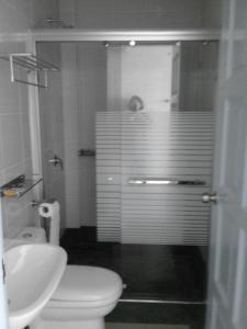 A bathroom at 101 Hotel