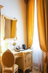 Um banheiro em Apostoli Palace