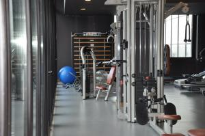 The fitness centre and/or fitness facilities at H2otel Congress & Medical SPA