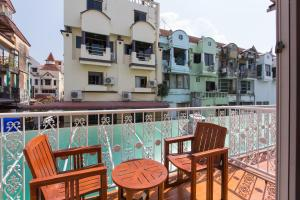 A balcony or terrace at Connect Guesthouse