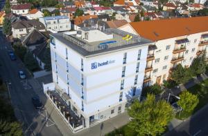 A bird's-eye view of Hotel Blue Bratislava