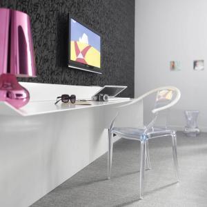 Télévision ou salle de divertissement dans l'établissement Hôtel La Monnaie Art & Spa