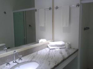 A bathroom at MK Express Hotel