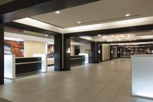 The lobby or reception area at Halifax Marriott Harbourfront Hotel