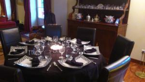 Restaurant ou autre lieu de restauration dans l'établissement Chambre Hote Jacoulot
