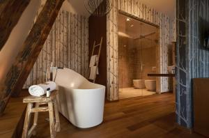 Łazienka w obiekcie Relais & Châteaux Hotel Quadrille
