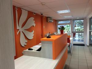 The lobby or reception area at Premiere Classe Marseille La Valentine
