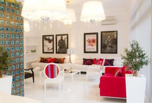 The lobby or reception area at Hotel Magic