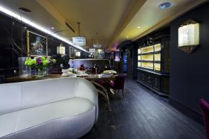 הלובי או אזור הקבלה ב-HT6 Hotel Roma