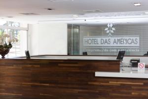 O saguão ou recepção de América Bittar Hotel