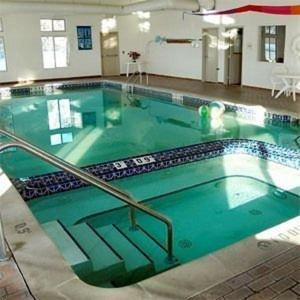 The swimming pool at or near Pellston Lodge