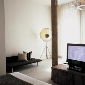 A television and/or entertainment centre at Loft 523