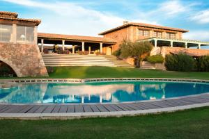 The swimming pool at or near Due Lune Resort Golf & Spa