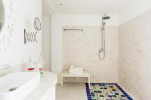 Un baño de Casa la Concha Boutique Hotel