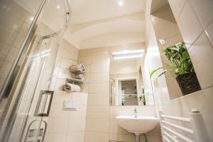 Ein Badezimmer in der Unterkunft Accommodation Smečky 14