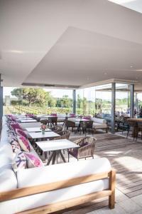 Restaurant ou autre lieu de restauration dans l'établissement Domaine de Verchant & Spa - Relais & Châteaux