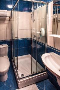 Ванная комната в Hotel Cezar Banja Luka