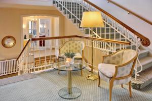 Ein Sitzbereich in der Unterkunft Hotel Westfalenhof