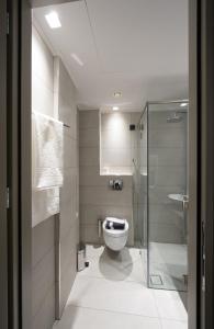 Ένα μπάνιο στο Castello City