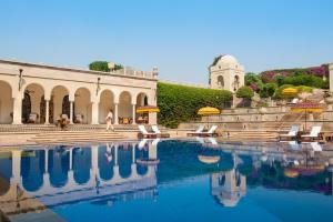 The swimming pool at or near The Oberoi Amarvilas Agra