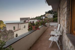 A balcony or terrace at Casa Mansi