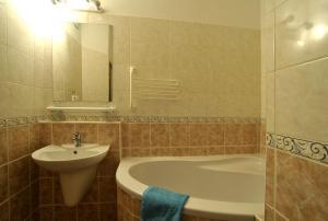 Koupelna v ubytování Hotel Krystal
