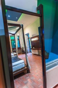 A bathroom at Splanzia Boutique Hotel