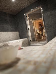 Salle de bains dans l'établissement CGH Résidences & Spas Le Coeur d'Or