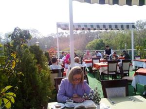 A restaurant or other place to eat at Gülhanepark Hotel & Spa