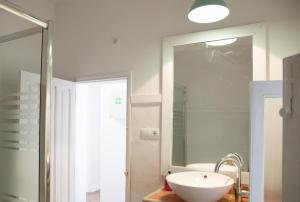 A bathroom at Guest House Ibiza