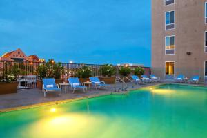 The swimming pool at or near Four Points by Sheraton Las Vegas East Flamingo