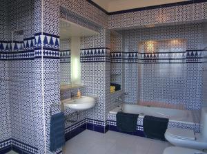 Un baño de Hotel Alhambra