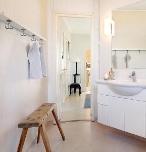 A bathroom at Kallaxgårdshotel/apartment, Luleå