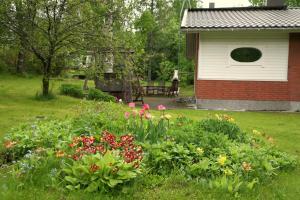 A garden outside Villa Prud