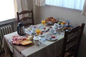 Options de petit-déjeuner proposées aux clients de l'établissement B&B Vanloo