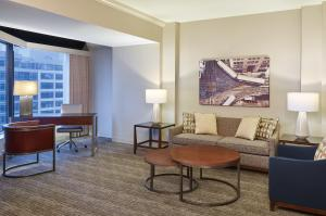 A seating area at The Westin Chicago River North