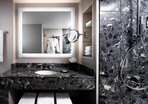 A bathroom at The Westin Chicago River North