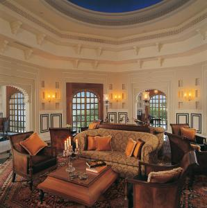 A seating area at The Oberoi Udaivilas Udaipur