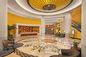 The lobby or reception area at Hartford Marriott Downtown