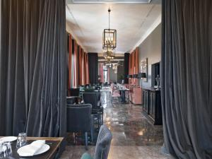 A restaurant or other place to eat at The Principal Madrid, Small Luxury Hotels