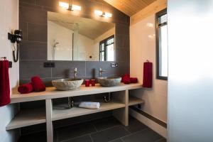 A bathroom at N6 Oberstdorf