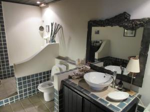 A bathroom at Our Home 187