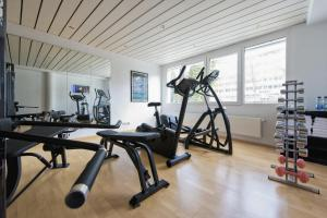 The fitness center and/or fitness facilities at Insel-Hotel Heilbronn