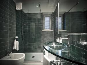 A bathroom at All Time Relais & Sport Hotel