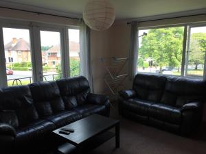 A seating area at Brunswick Court Apartments