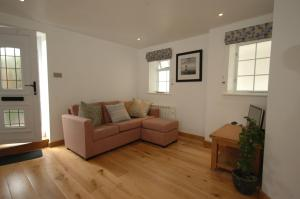 A seating area at Cowslip